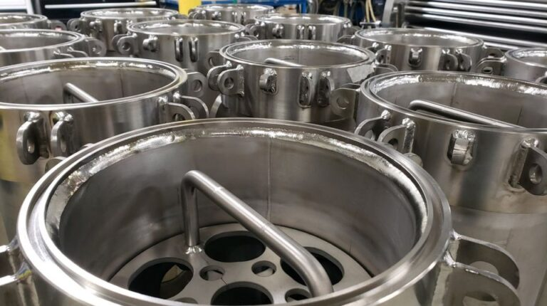 Titanium fliter vessels